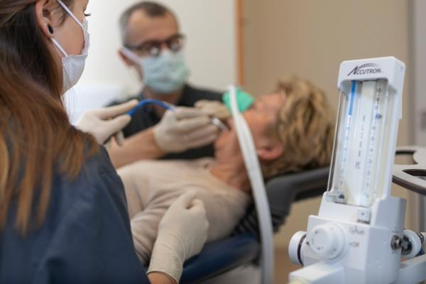 Lachgasbehandlung beim Zahnarzt Rheinfelden